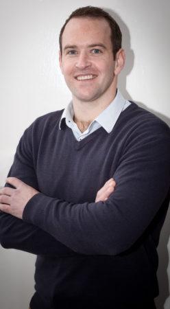Dr Nelis Smit